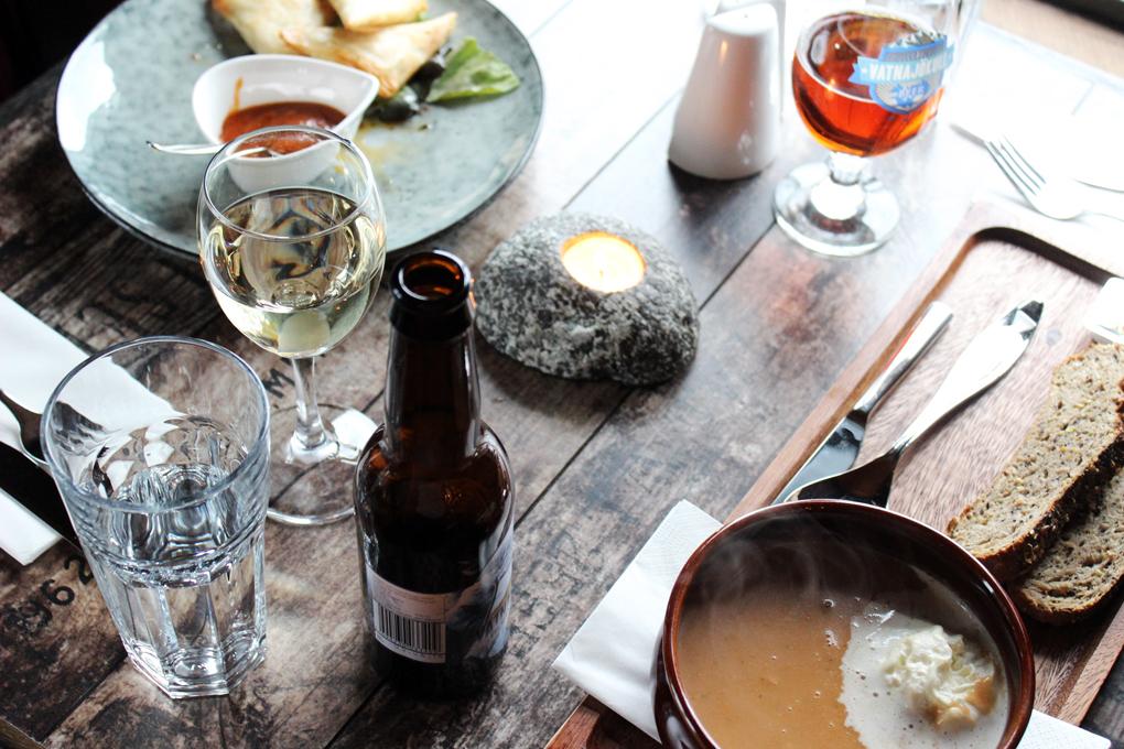 illallinen islannissa 7