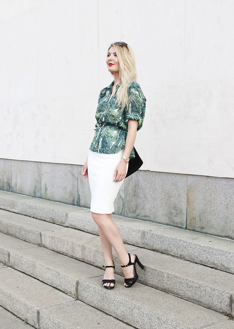 green blouse 3