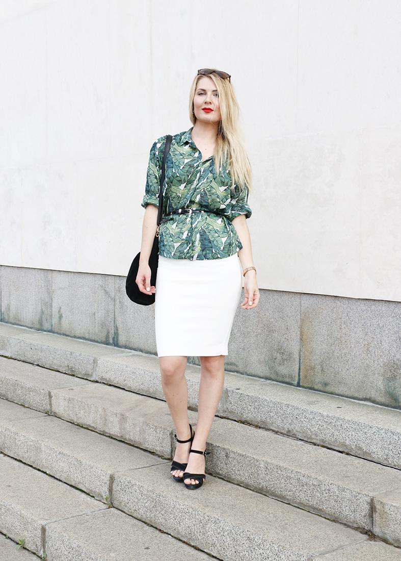 green blouse 4