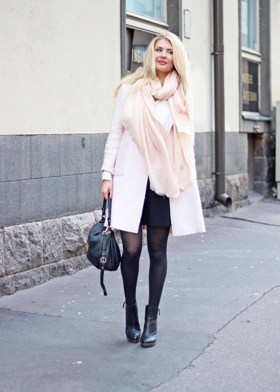 Vaaleanpunainen takki  376a33593b